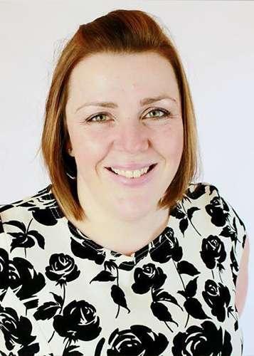 Caroline, Office Manager